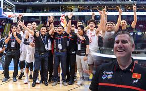 Với tấm huy chương lịch sử, HLV trưởng tuyển bóng rổ Việt Nam hướng đến những thành công mới trong tương lai