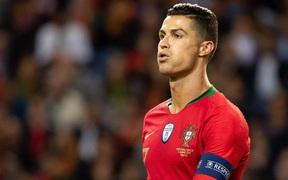 Đêm nay bốc thăm VCK Euro 2020: Ronaldo và đồng đội đứng trước nguy cơ lớn rơi vào bảng tử thần