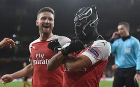Black Panther xuất hiện, Arsenal ngược dòng xuất sắc tiến vào tứ kết Europa League