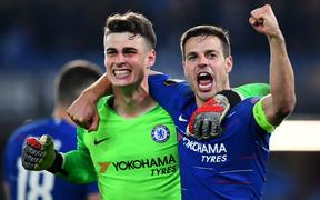 """Bóng đá Anh CHÍNH THỨC thống trị châu Âu: Chelsea thắng nghẹt thở ở loạt luân lưu cân não, Arsenal """"gieo sầu"""" cho đại diện Tây Ban Nha"""