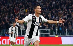 Vừa sang Serie A, Cristiano Ronaldo giành luôn danh hiệu cao nhất giải đấu