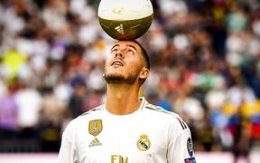 Liều lĩnh đến sân của kẻ thù Real Madrid để xem buổi ra mắt siêu sao Eden Hazard, nam CĐV Barca nhận lấy cái kết xấu hổ