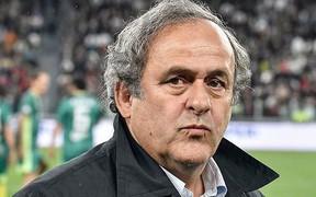 Cựu Chủ tịch LĐBĐ châu Âu bị bắt vì nghi nhận hối lộ, bán phiếu bầu để giúp nhà vô địch châu Á được đăng cai World Cup 2022