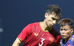 HLV Park Hang-seo phát hiện nhân tố thay thế Đình Trọng sau trận đấu tập với U18 Việt Nam