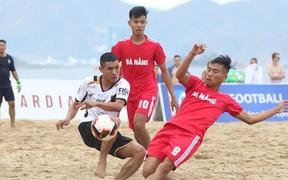 """Sốc: Bóng đá bãi biển Việt Nam rúng động với nghi án """"xin điểm"""""""