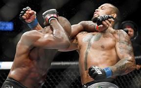 UFC 239: Jon Jones thoát thua trong gang tấc, Amanda Nunes dễ dàng bảo vệ đai trước nhà cựu vô địch thế giới
