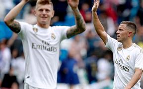 Giải VĐQG Tây Ban Nha: Tân binh 100 triệu euro Eden Hazard ra mắt, Real Madrid suýt mất điểm trên sân nhà