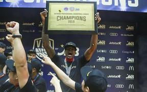 """Tavarion Nix – MVP Finals 2019 và hành trình chứng tỏ bản thân của một trong những ngoại binh """"tệ nhất"""" mùa giải 2016"""