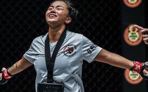 Sau khi giành thắng lợi tại giải võ lớn nhất châu Á, Bi Nguyễn khiến tất cả xúc động khi chia sẻ câu chuyện về người cha Việt quá cố