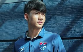 Suphanat Mueanta, hot boy Thái Lan phá kỷ lục giải U23 châu Á: Con nhà nông dân nghèo mơ một ngày làm đồng đội của Messi