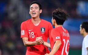 Hàn Quốc 2-1 Uzbekistan: Đương kim vô địch U23 châu Á hút chết dù Hàn Quốc cất nguyên dàn hot boy trên ghế dự bị