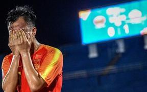 Cầu thủ Trung Quốc suy sụp, bật khóc nức nở sau VCK U23 châu Á tệ chưa từng có trong lịch sử