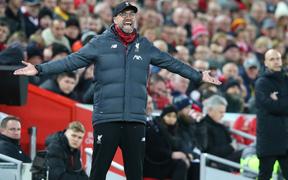 Trận đấu mở màn năm mới, Liverpool lập ngay kỷ lục Ngoại hạng Anh để tiếp tục bay cao trên ngôi đầu