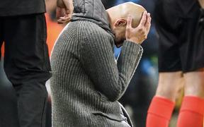 Nóng: Đương kim vô địch nước Anh chịu án phạt nặng nhất lịch sử bóng đá vì tội lừa đảo, vi phạm luật tài chính
