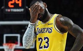 """LeBron James bức xúc trước bê bối gian lận làm """"dậy sóng"""" làng thể thao Mỹ"""