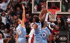 Block game-winner của Jimmy Butler, D'Angelo Russell có chiến thắng đầu tay cùng Minnesota Timberwolves
