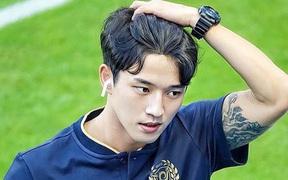Cầu thủ đẹp trai nhất Hàn Quốc và cuộc sống ngột ngạt tại tâm dịch Daegu: Tôi sinh nhật trong cô đơn, ngày nào bố mẹ cũng gọi để chắc tôi còn khỏe