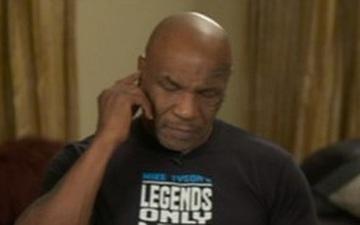 """Mike Tyson lý giải nguyên nhân """"lờ đờ"""" trong buổi phỏng vấn mới nhất: Tôi chỉ buồn ngủ thôi"""