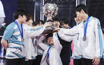 """Người Hàn nổi giận vì DAMWON vô địch CKTG 2020 trong một """"SVĐ trống rỗng"""""""