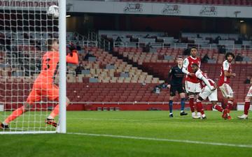 Thủ môn dự bị của Arsenal xóa gấp tài khoản mạng xã hội sau màn trình diễn nghiệp dư trước Man City