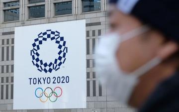 """Olympic Tokyo bị hoãn: Thành trì cuối cùng của thể thao thế giới """"sụp đổ"""" trước Covid-19 và lần hiếm hoi người Nhật bị chỉ trích"""