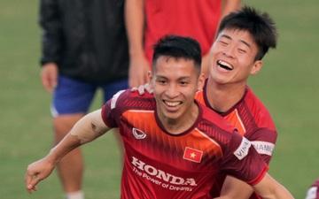 """Chơi game 4 cầu thủ có ý nghĩa nhất trong đời, tuyển thủ Việt Nam """"lầy lội"""" tự chọn chính mình"""