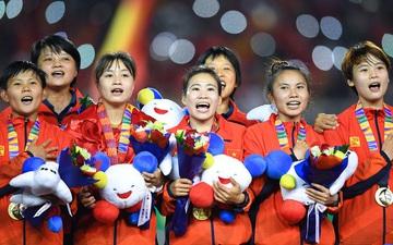 """Chuyện HLV trưởng """"lỡ miệng"""" làm lộ tin động trời, cả nước biết tuyển thủ Việt Nam mang bầu vẫn giành HCV SEA Games"""