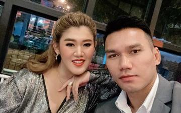 """Cựu tuyển thủ Thái Lan tổ chức lễ cưới trong mùa Covid-19: Không có khách mời, không lễ đường, thợ chụp ảnh cũng """"bùng kèo"""""""