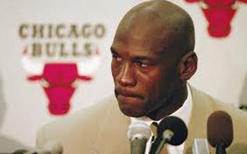 Thực hư lý do về việc giải nghệ năm 1993 của Michael Jordan: Liệu có phải là do nghiện cờ bạc?