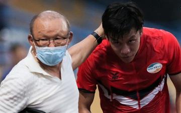 HLV Park Hang-seo mang bất ngờ cho đội trưởng tuyển Việt Nam, chưa kịp cảm ơn thì thầy đã đi mất