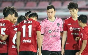 """Thai League bị """"xếp ngang hàng"""" với các dịch vụ giải trí và massage, không thể trở lại sớm hơn dự kiến"""