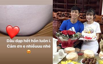 """Khoe video em bé đạp """"hết hồn"""", vợ Văn Đức nói đùa với fan: """"Thị Nở múa hoài không cho ngủ"""""""