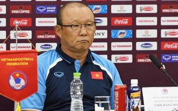 Nhận khoảng 1 tỷ đồng/tháng, HLV Park Hang-seo khó chịu khi nói về việc giảm lương vì Covid-19