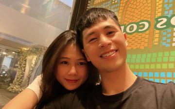 """Bạn gái đăng ảnh tình cảm, Đình Trọng kêu """"nể lắm"""" mới cho chụp cùng sau 3 tháng im ắng"""