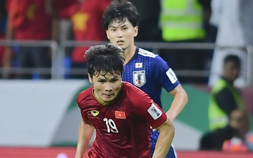 """Tuyển Việt Nam đánh bại """"siêu cường"""" bóng đá châu Á trong 30 năm tới: Tham vọng lớn hay sự viển vông?"""