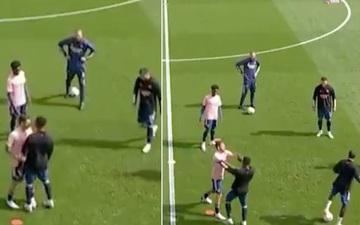 Ngày mở màn Ngoại hạng Anh mùa 2020/2021: Bộ đôi sao trẻ Arsenal lao vào xô xát dữ dội lúc khởi động