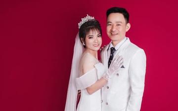 Nữ chiến binh lớn tuổi nhất của ĐT Việt Nam từng vô địch SEA Games 2019 gây bất ngờ với bộ ảnh cưới lung linh
