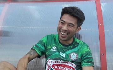 Lee Nguyễn, Văn Hậu thích thú với video cựu sao Manchester United học tiếng Việt từ... 3 năm trước