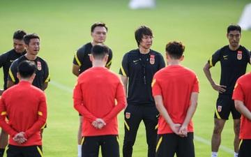 """Lý do """"kỳ lạ"""" khiến LĐBĐ Trung Quốc nhất quyết đổi giờ thi đấu trận gặp Việt Nam"""