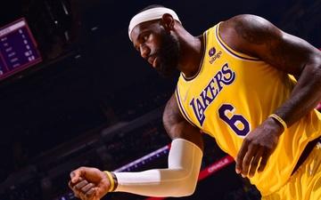 "LeBron James ""phản dame"" cực mạnh sau chuỗi thất bại 0-4 của Lakers tại NBA Preseason 2021"