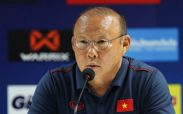 """HLV Park Hang-seo: """"Có lẽ các cầu thủ của tôi bất mãn với trọng tài"""""""