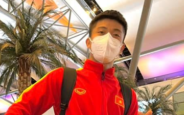 ĐT Việt Nam mệt mỏi vì chờ đợi làm thủ tục tại sân bay Oman