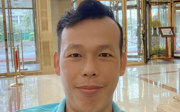 """Tuyển Việt Nam về Hà Nội ngày mưa bão, Tấn Trường phải thốt lên """"không đâu bằng Việt Nam cả"""""""