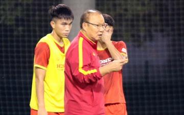 """ĐT U23 Việt Nam rèn lối chơi chuẩn bị cho cuộc """"tổng duyệt"""" trước U23 Kyrgyzstan"""
