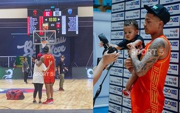 Video: Richard Nguyễn xúc động ôm bạn gái và con trai sau chiến thắng hiếm hoi của Đội tuyển quốc gia