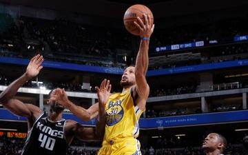 Tiệm cận triple-double, Stephen Curry đưa Golden State Warriors toàn thắng sau 3 trận đầu tiên ở NBA 2021-2022