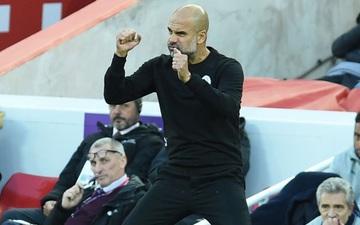 Thành viên Man City bị phun nước bọt vào người, Pep giận sôi máu tố trọng tài thiên vị Liverpool và MU