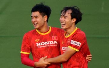 Sau nước mắt, nụ cười trở lại với tuyển Việt Nam