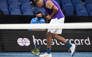 Ngày thi đấu thứ 3 Australian Open: Djokovic nổi giận với khán giả, Kyrgios đập nát vợt