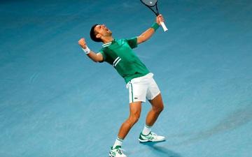 """Ngày thi đấu thứ 5 Australian Open: Novak Djokovic """"thoát hiểm"""" ngoạn mục, niềm hi vọng của nước chủ nhà dừng bước"""